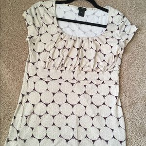 ⭐️ Ann Taylor Short-Sleeve Patterned Blouse